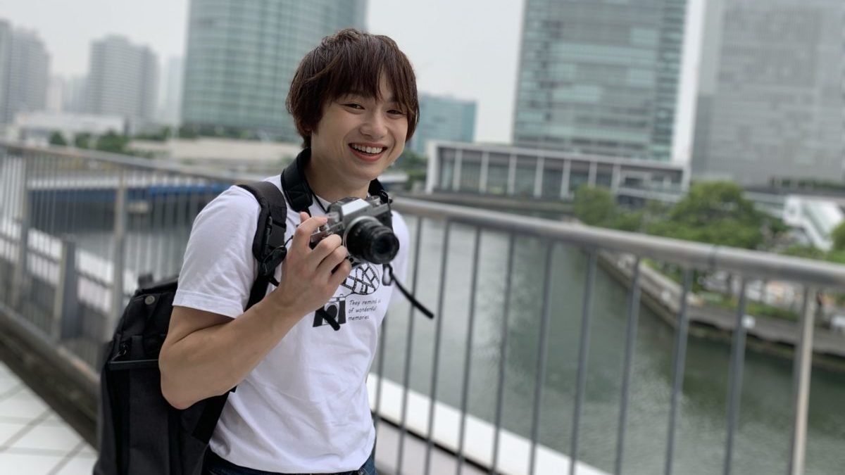 カメラと男性3