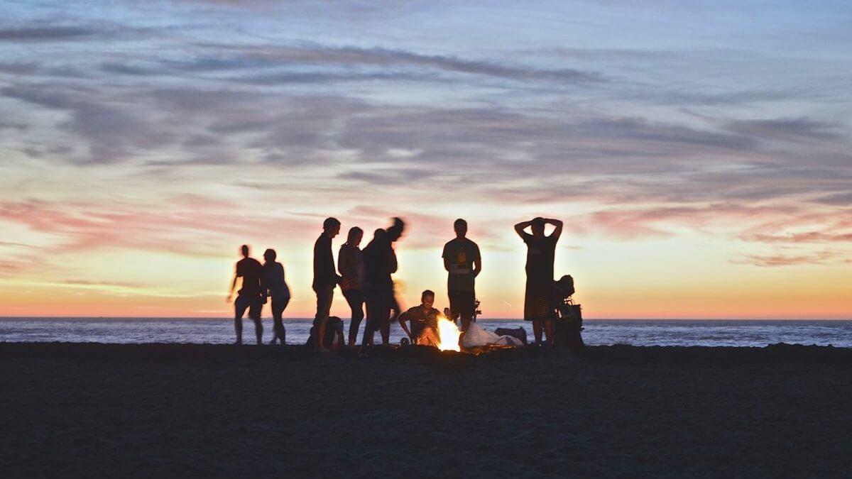 夕方の海で