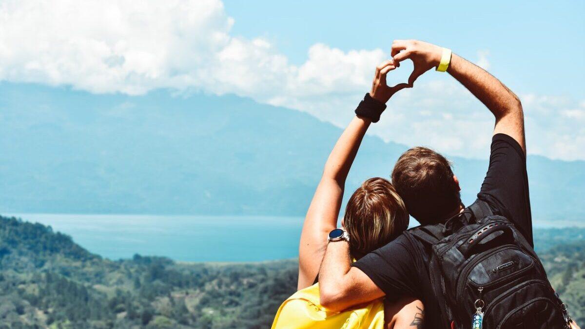 旅するカップル